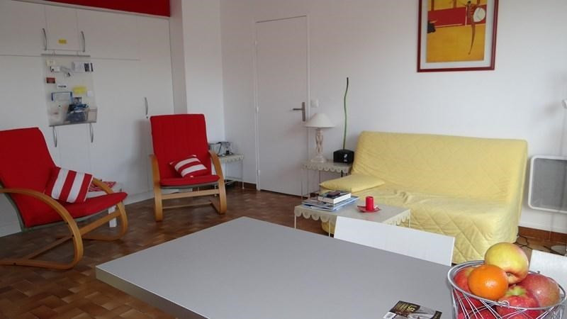 Location vacances appartement Cavalaire 420€ - Photo 11