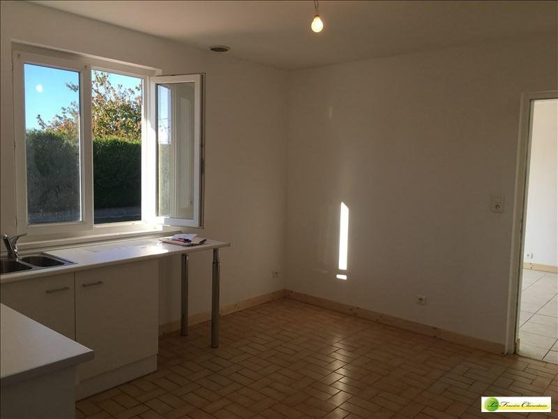 Sale house / villa Plassac rouffiac 161640€ - Picture 5