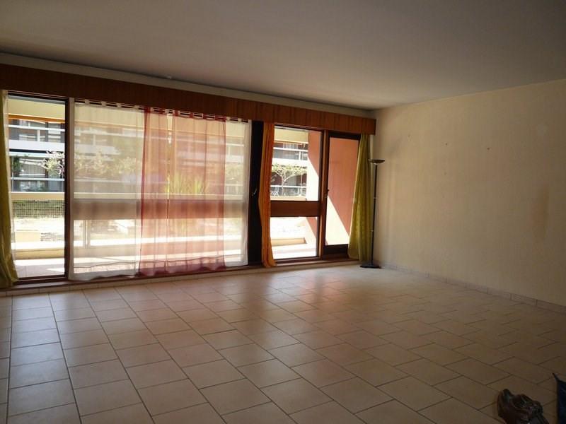 Sale apartment Orange 156000€ - Picture 2