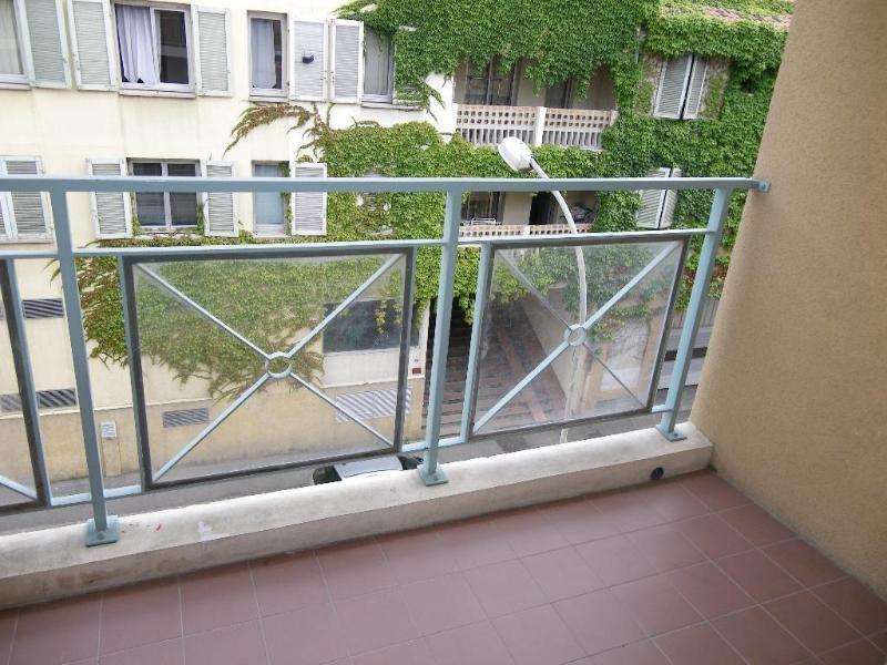 Location appartement Aix en provence 891€ CC - Photo 4