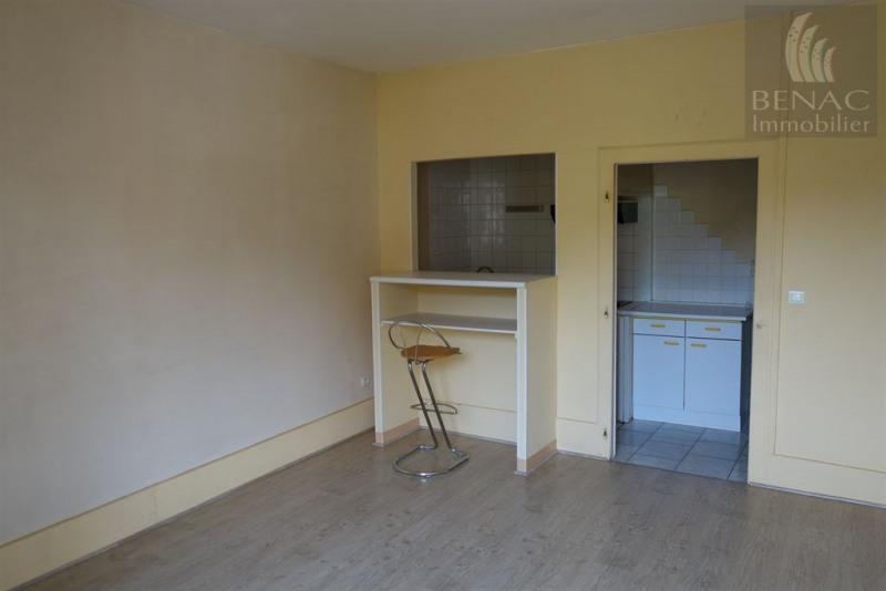 Location appartement Realmont 370€ CC - Photo 2