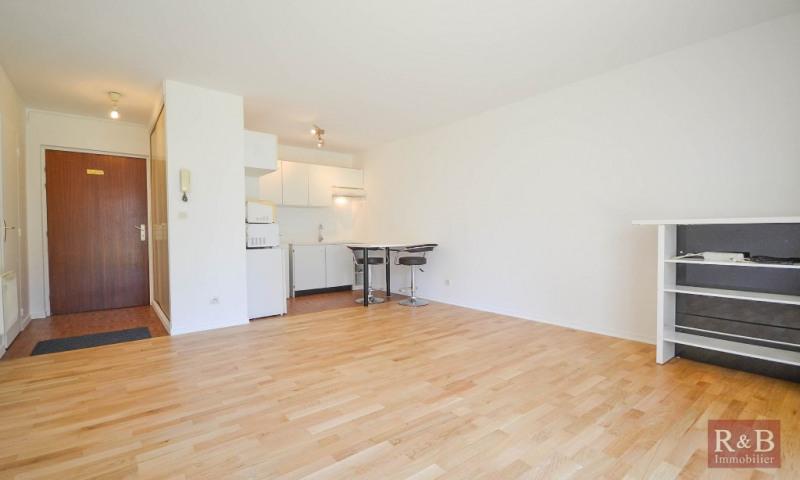 Sale apartment Plaisir 132000€ - Picture 2