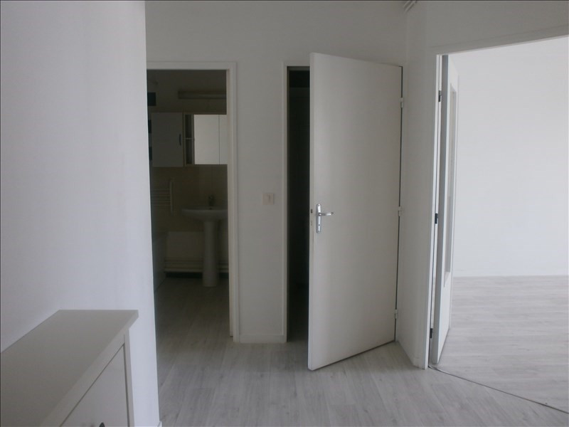 Location appartement Cergy 810€ CC - Photo 4