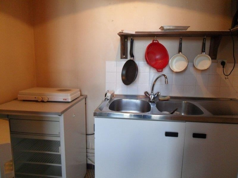 Rental apartment Troyes 348€ CC - Picture 3