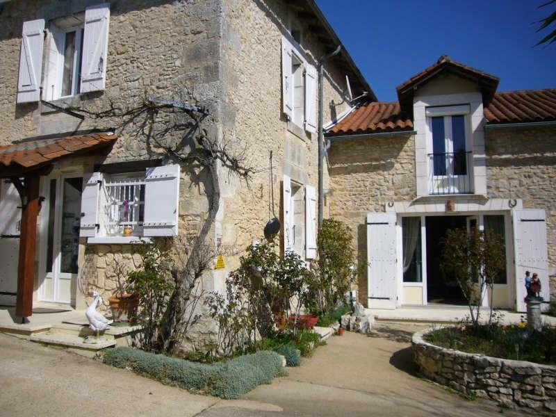 Sale house / villa Champagnac de belair 148900€ - Picture 1