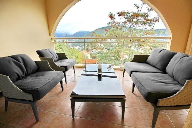 Sale apartment Nice 296000€ - Picture 2