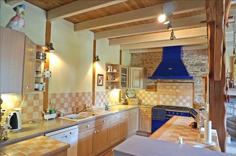 Vente maison / villa Sauzé-vaussais 279000€ - Photo 6
