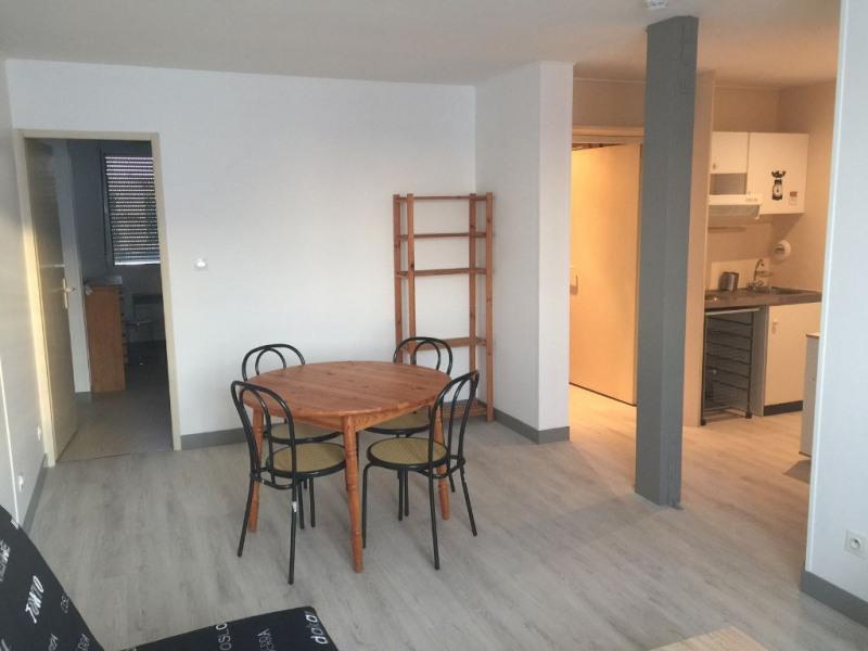 Sale apartment La rochelle 179600€ - Picture 2