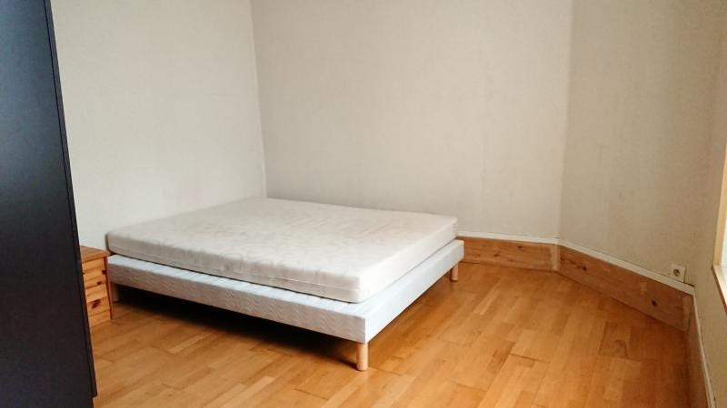 Rental apartment Chatou 890€ CC - Picture 2