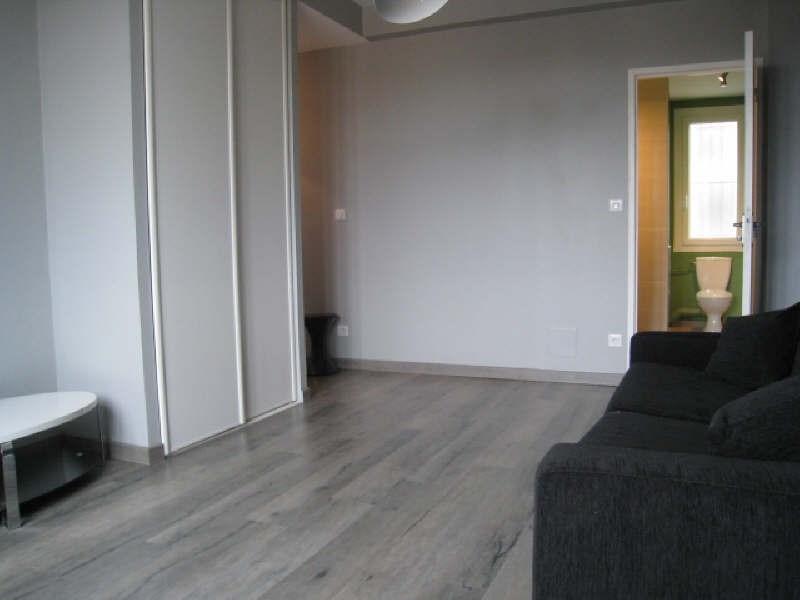 Rental apartment Carcassonne 451€ CC - Picture 2