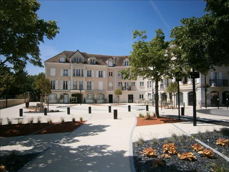 Sale apartment Voisins le bretonneux 136500€ - Picture 1