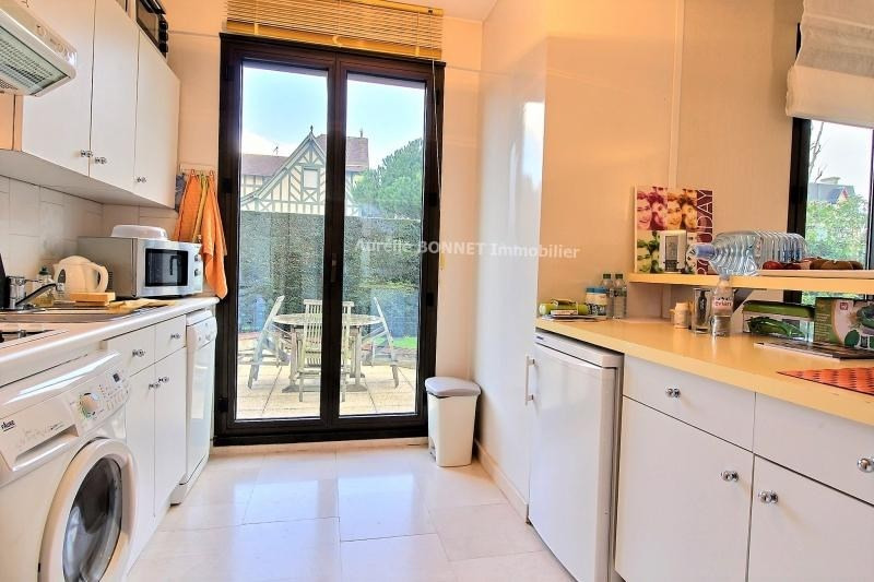 Sale apartment Deauville 392 200€ - Picture 2