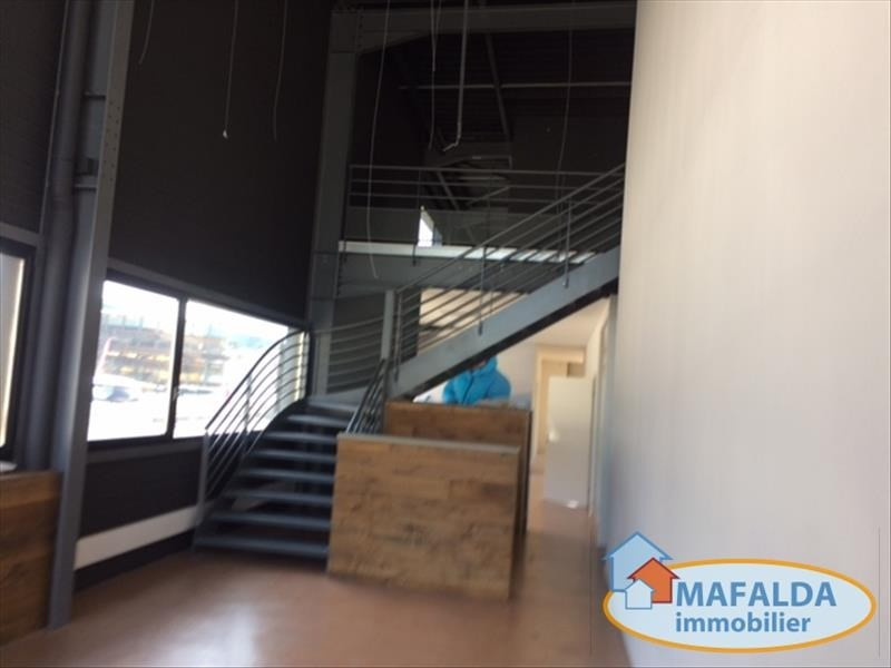 Location local commercial Sallanches 3960€ HT/HC - Photo 4