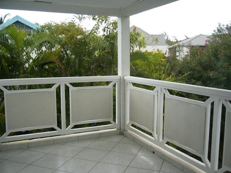Location appartement St gilles les bains 670€ CC - Photo 3