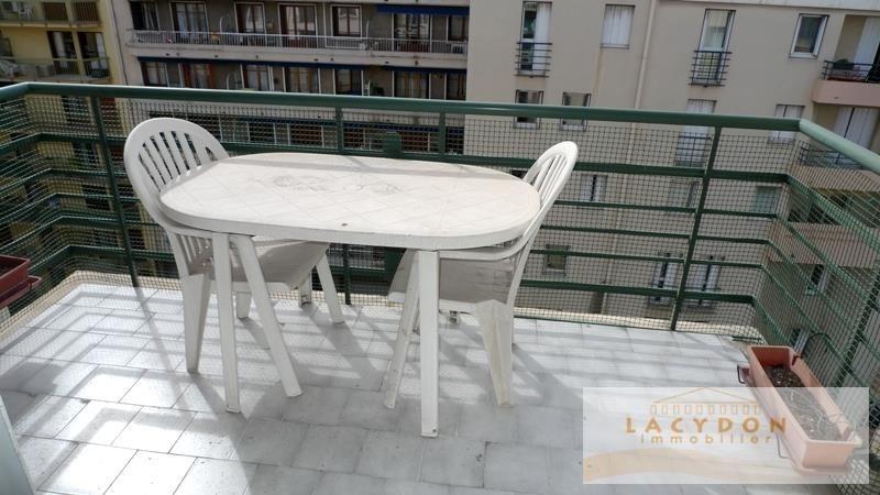 Sale apartment Marseille 5ème 176000€ - Picture 2