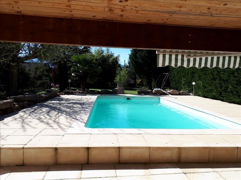 Sale house / villa Clonas sur vareze 263000€ - Picture 5