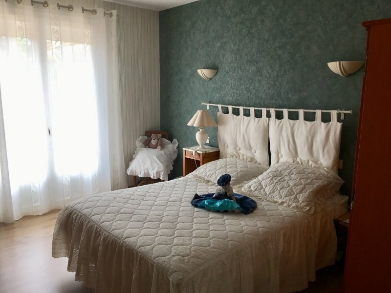 Sale house / villa Chateau d olonne 279000€ - Picture 6
