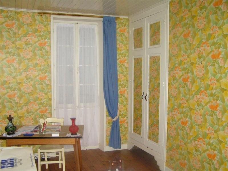 Sale house / villa Montguyon 265000€ - Picture 6