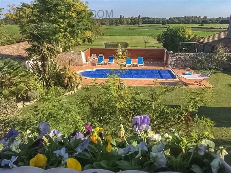 Vente de prestige maison / villa Saint germain d'esteuil 630000€ - Photo 3