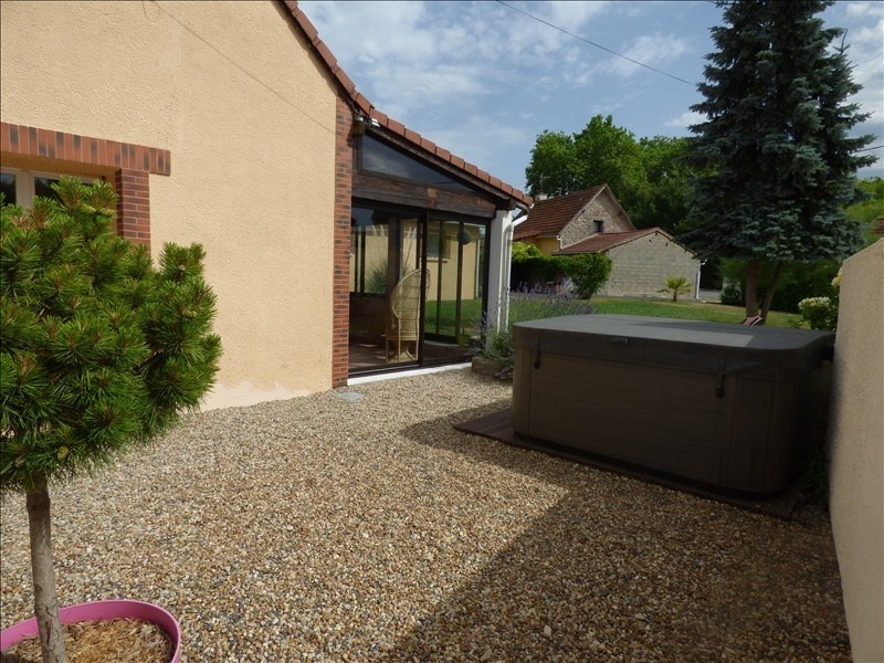 Venta  casa Jaligny sur besbre 185000€ - Fotografía 6
