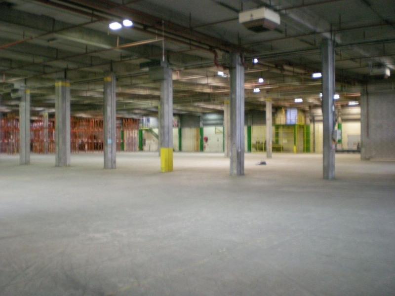 Location Local d'activités / Entrepôt Saint-Florent-sur-Cher 0