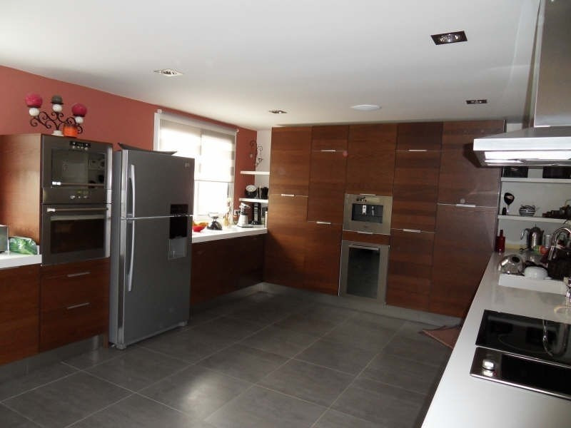 Sale house / villa Etang la ville 780000€ - Picture 4