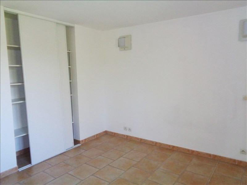 Rental apartment Crau 738€ CC - Picture 7
