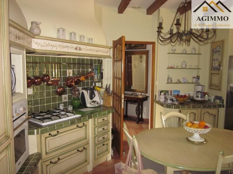 Sale house / villa L isle jourdain 410 000€ - Picture 3