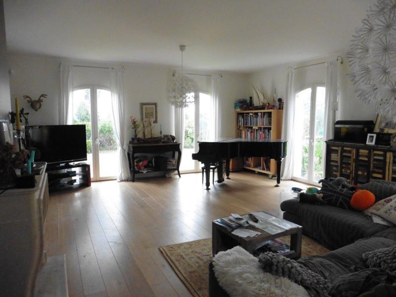 Deluxe sale house / villa Saint-germain-en-laye 1332500€ - Picture 2
