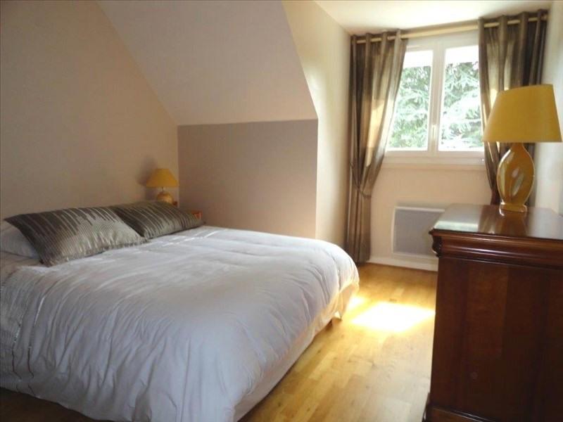 Sale house / villa Feucherolles 910000€ - Picture 7