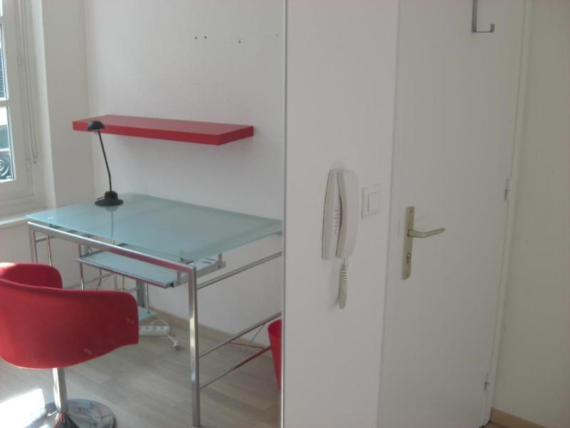 Location vacances appartement Strasbourg 550€ - Photo 3