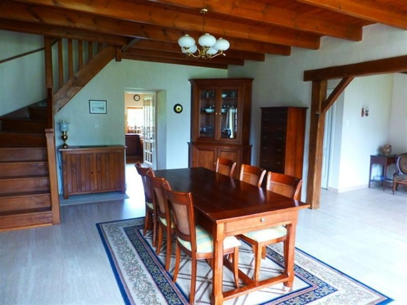 Sale house / villa St jean d angely 258 475€ - Picture 4
