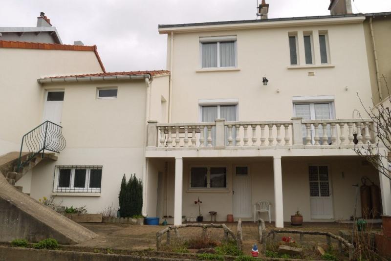 Sale house / villa Cholet 156500€ - Picture 1
