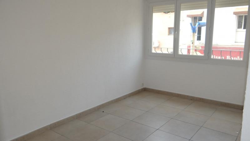 Rental apartment Cavalaire sur mer 1000€ CC - Picture 4