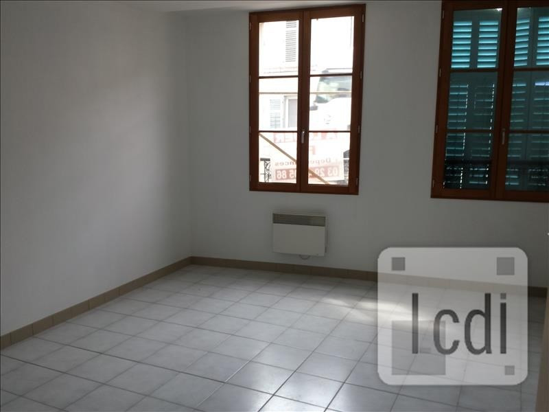 Location appartement Bar-le-duc 300€ CC - Photo 1