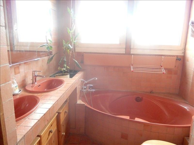 Deluxe sale house / villa Rueil malmaison 1020000€ - Picture 7