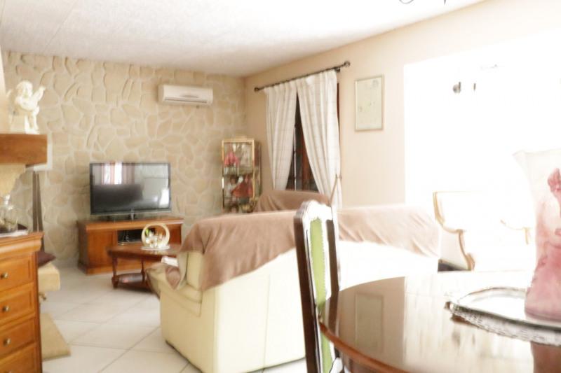Deluxe sale house / villa Le puy-sainte-réparade 745000€ - Picture 3