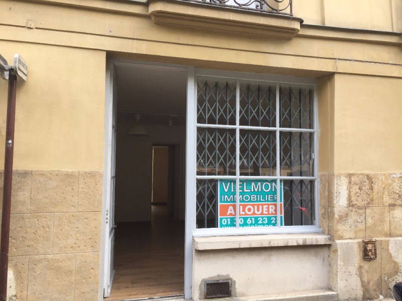 Location local commercial Versailles 975€ CC - Photo 1