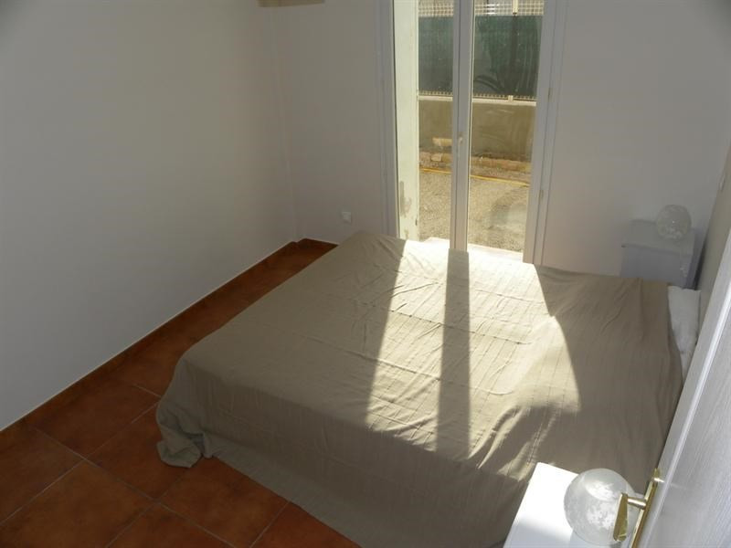 Location vacances appartement Bandol 560€ - Photo 6