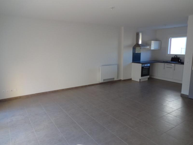 Rental house / villa Carpentras 758€ CC - Picture 3