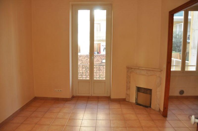 Location appartement Nice 850€ CC - Photo 1