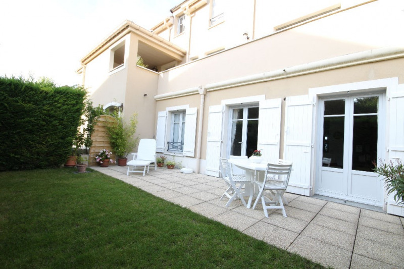 Sale apartment Chambourcy 446000€ - Picture 1