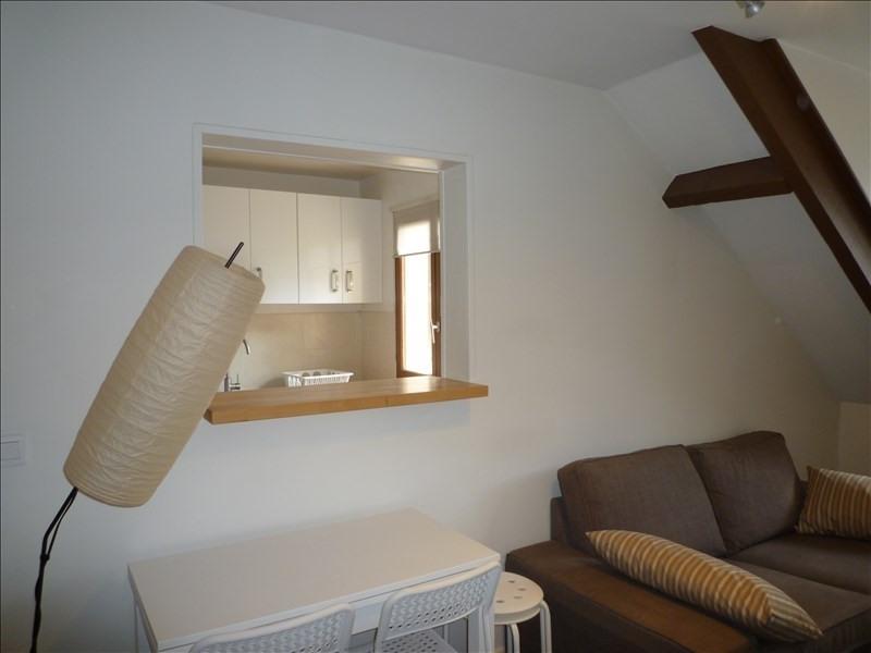 Rental apartment Paris 20ème 1009€ CC - Picture 2
