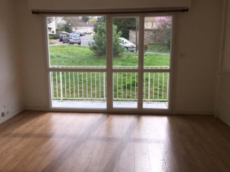 Location appartement Chambourcy 840€ CC - Photo 2