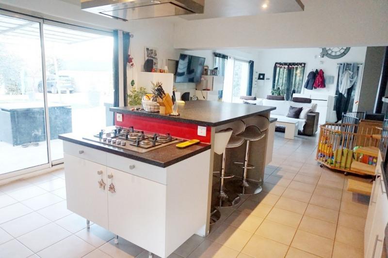 Vente maison / villa Les milles 329000€ - Photo 5