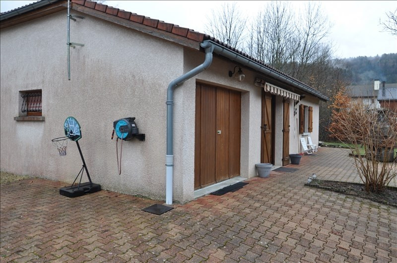 Vente maison / villa Oyonnax 169 000€ - Photo 4