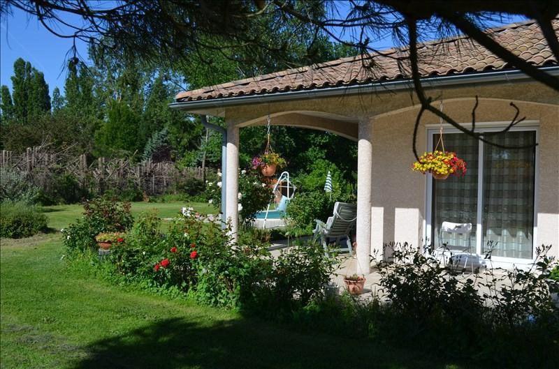 Sale house / villa Montseveroux 343000€ - Picture 3