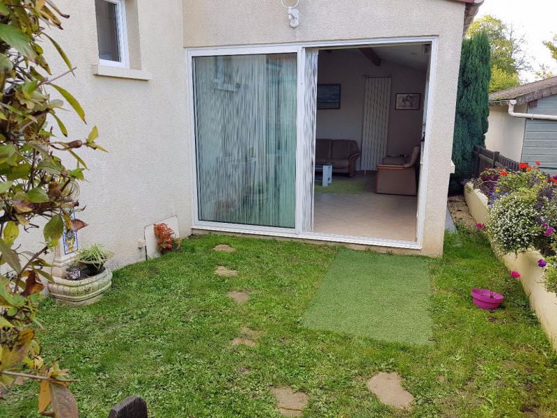 Sale house / villa Lesigny 312700€ - Picture 1