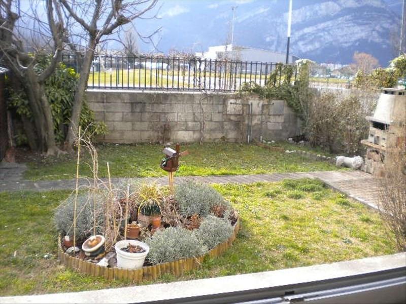 Location appartement Fontaine 545€ CC - Photo 4