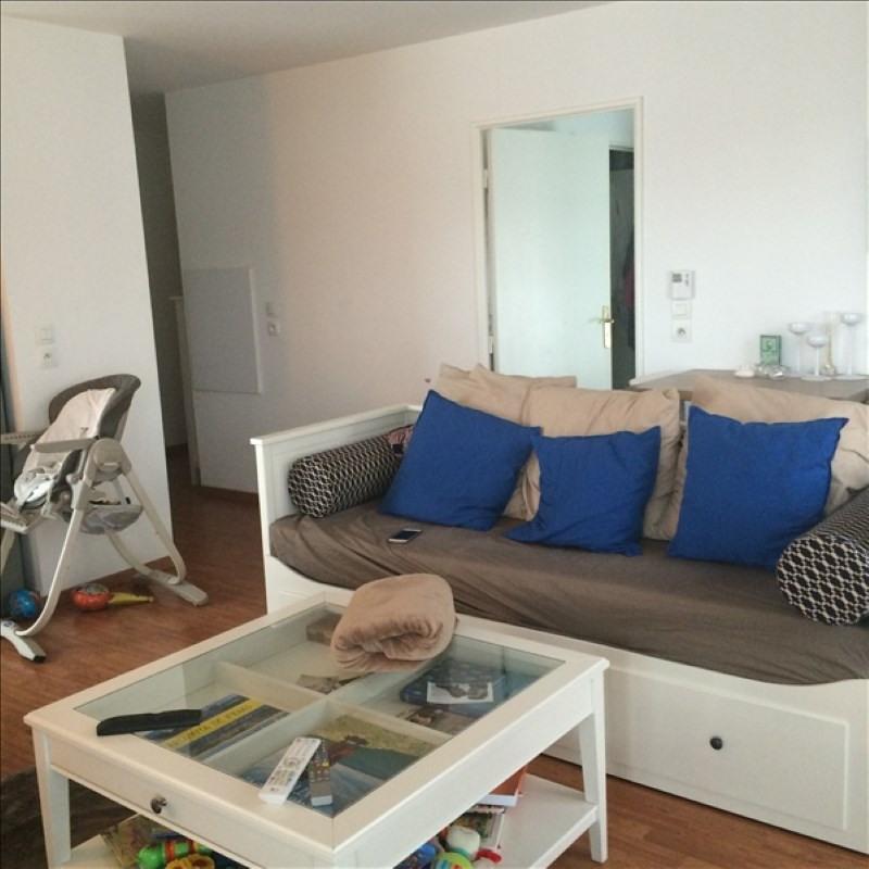 Rental apartment La plaine st denis 955€ CC - Picture 3